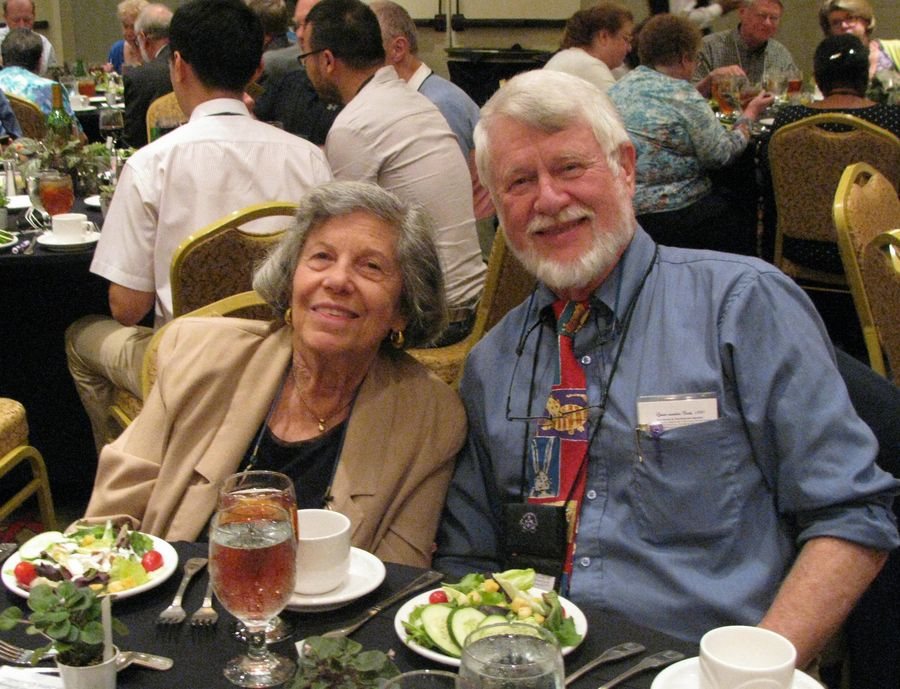 Carolyn Ripps, Mike Horton