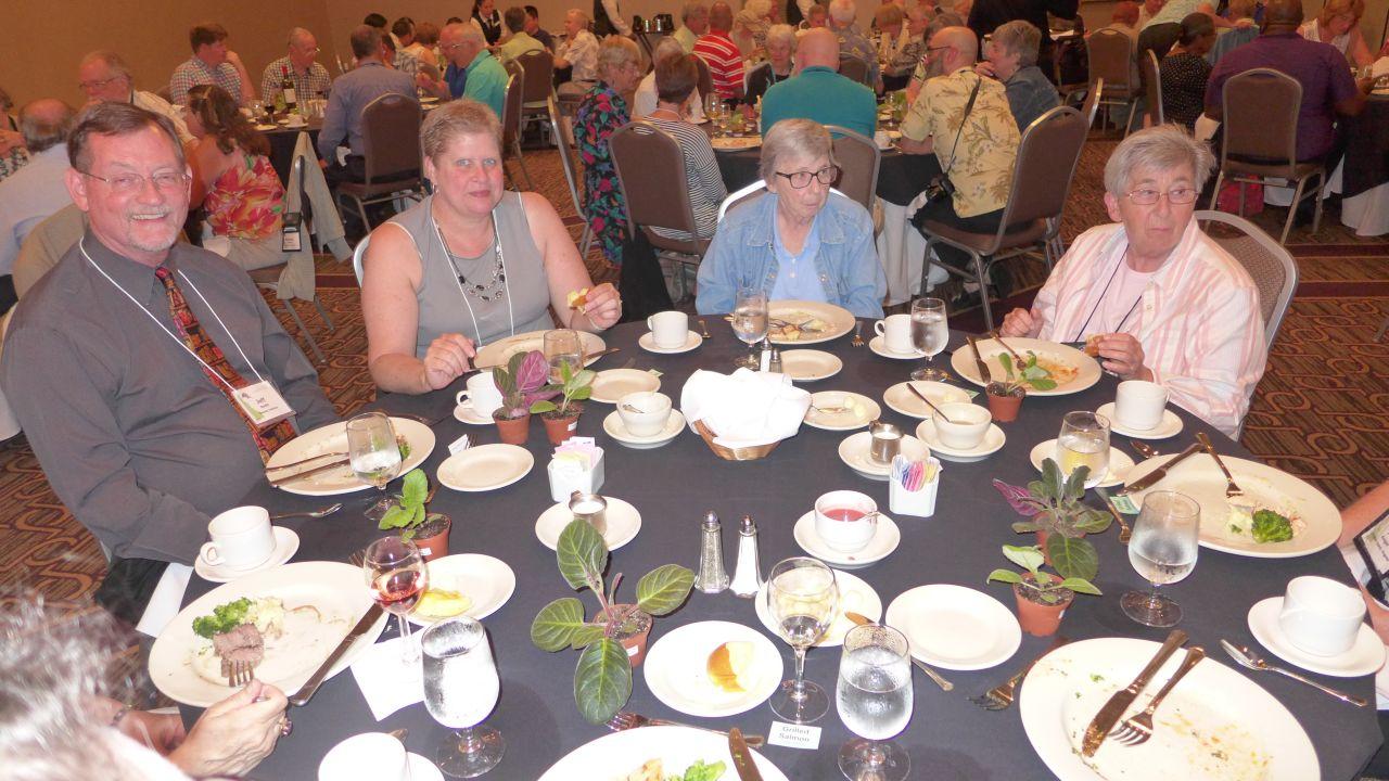Jeff and Deb Smith, Carol Brown and Edna Alexander